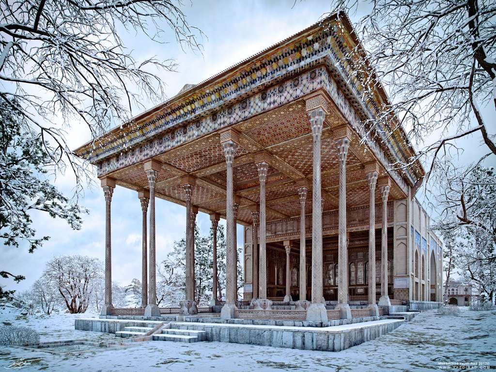 کاخ آیینه خانه اصفهان